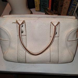 Michael Kors white hand bag beautiful bag.